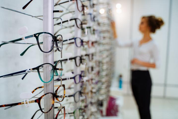Choix lunettes opticien